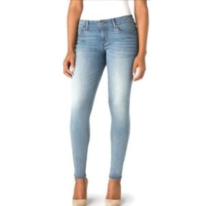 Levi's Mid Rise Skinny size 33 jeans